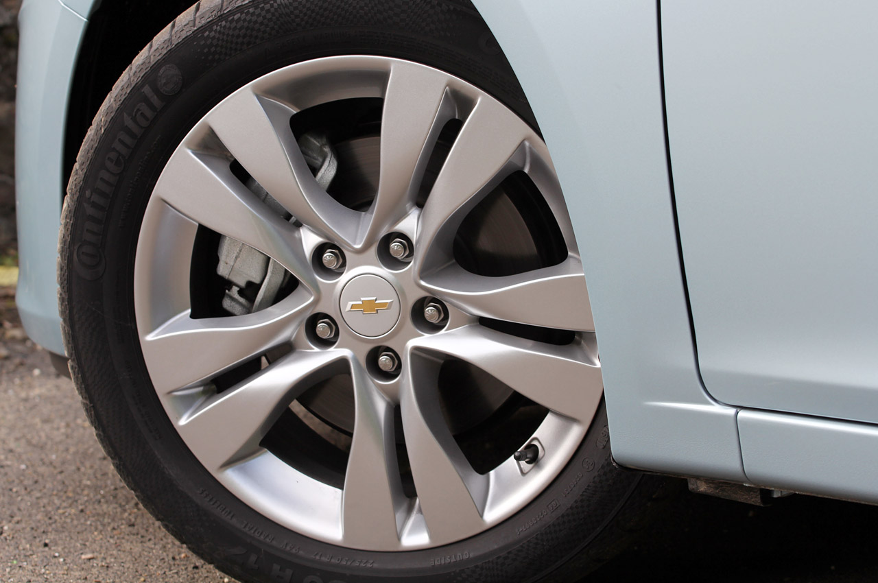 tires for a 2012 chevy cruze autos post