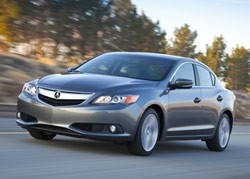 2013 Acura ILX - front three-quarter driving view