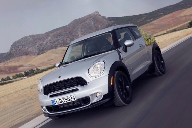 2013 Mini Paceman official 'spy shots'