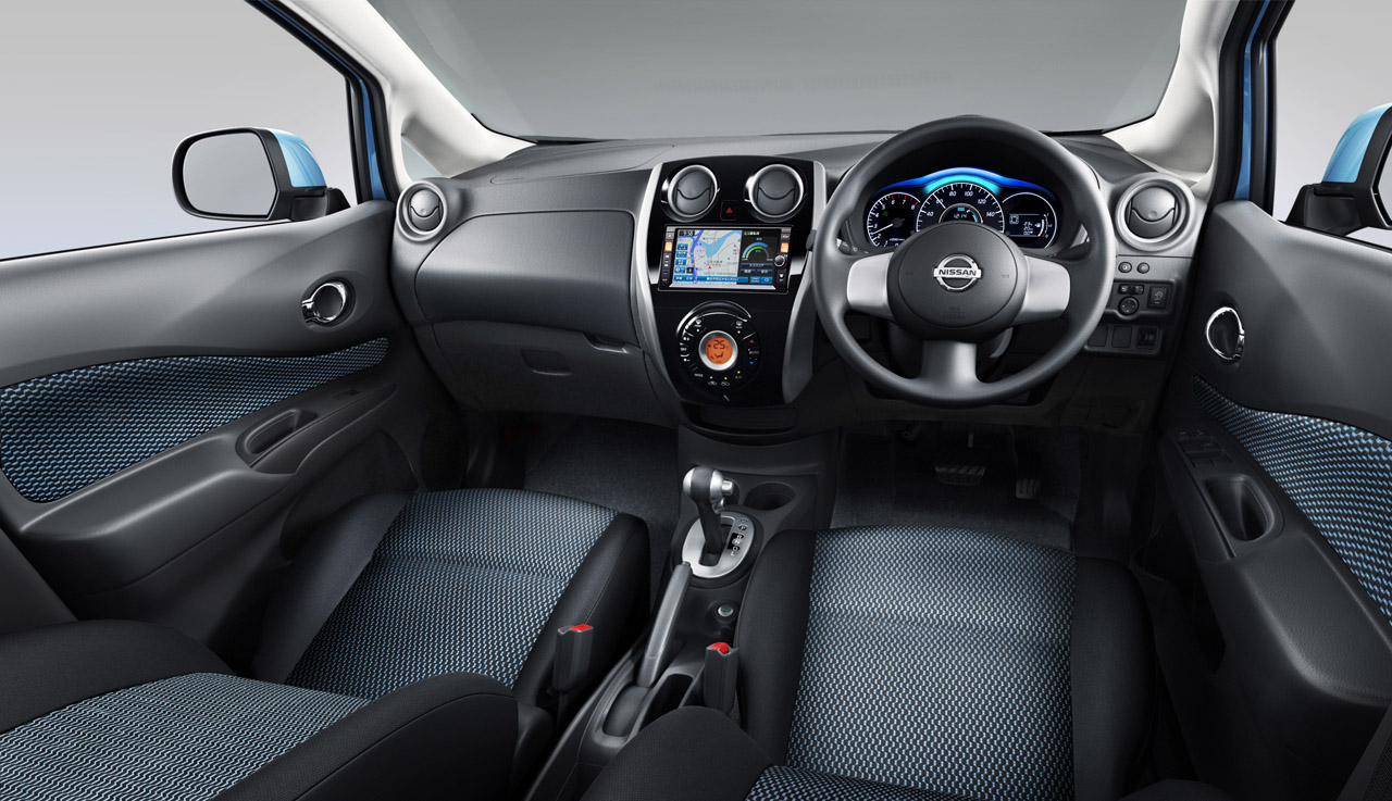 new nissan note introduces the squash line w videos. Black Bedroom Furniture Sets. Home Design Ideas
