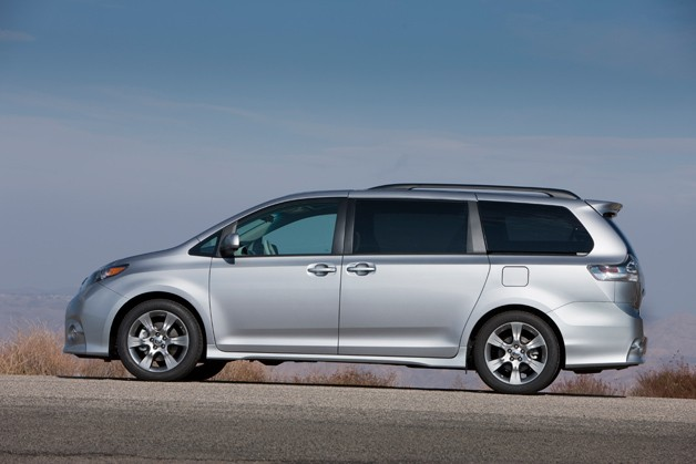 2013 Toyota Sienna - profile view - silver