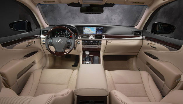 2013 Lexus LS 460 interior - tan
