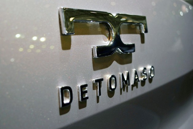De Tomaso emblem on car