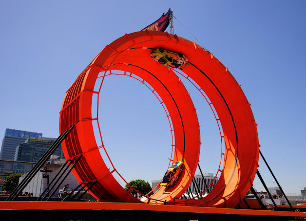 Hot Wheels Double Loop Dare