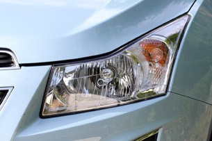 2012 Chevrolet Cruze Wagon headlight