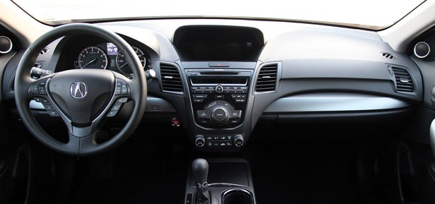 2013 Acura RDX interior