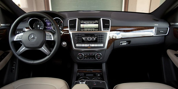 2013 Mercedes-Benz GL450 interior