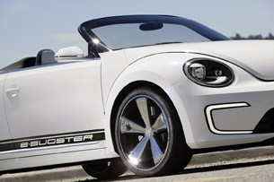 Volkswagen E-Bugster Concept front fender