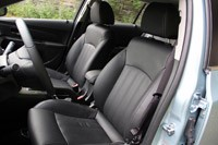 2012 Chevrolet Cruze Wagon front seats