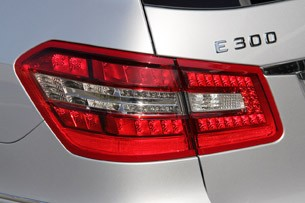 2012 Mercedes E 300 BlueTEC Hybrid taillight