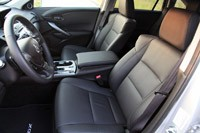 2013 Acura RDX front seats