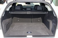2012 Mercedes E 300 BlueTEC Hybrid rear cargo area
