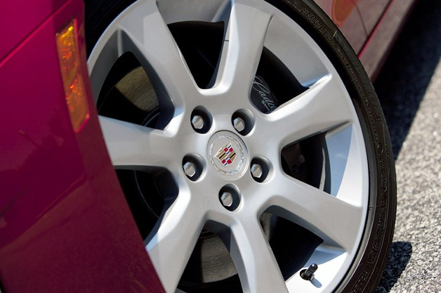 2013 Cadillac ATS wheel
