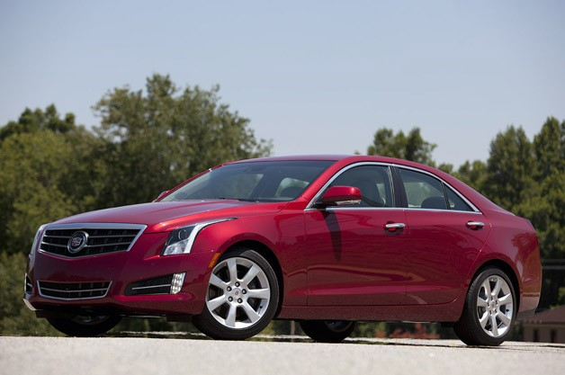 2013 Cadillac ATS front 3/4 view