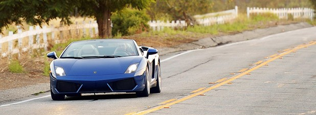 2012 Lamborghini Gallardo LP 550-2 Spyder driving