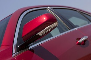 2013 Cadillac ATS side mirror
