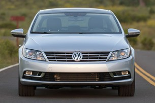 2013 Volkswagen CC front view