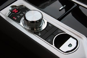 2012 Jaguar XFR center console controls