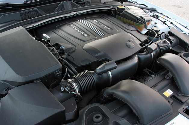 2012 Jaguar XFR engine