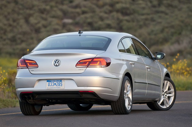 2013 Volkswagen CC rear 3/4 view