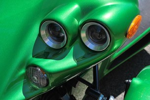 2012 Campagna T-Rex 14R headlights