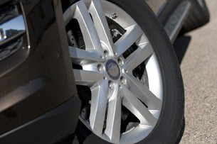2013 Mercedes-Benz GL450 wheel