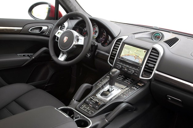 2013 Porsche Cayenne GTS interior