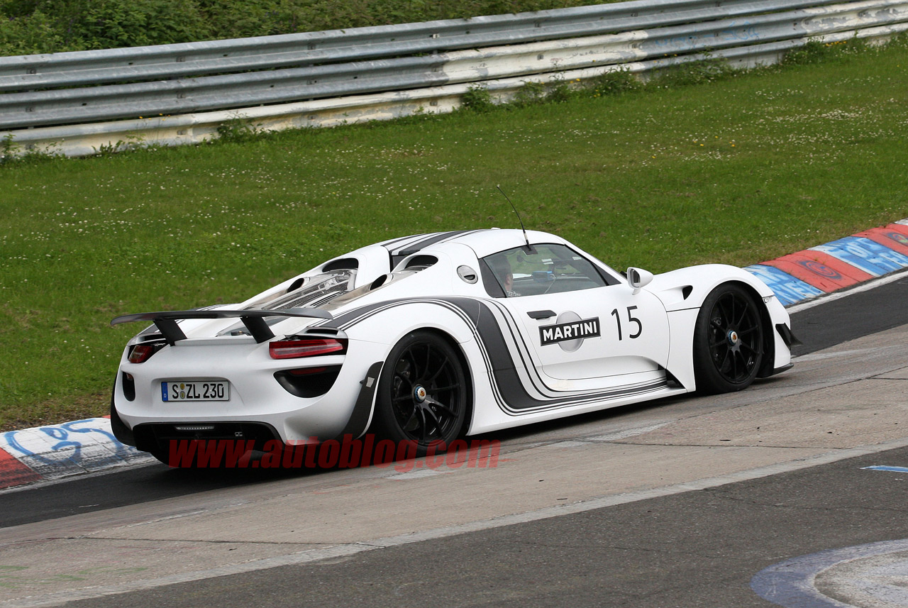 porsche 918 in martini livery spy shots photo gallery autoblog. Black Bedroom Furniture Sets. Home Design Ideas
