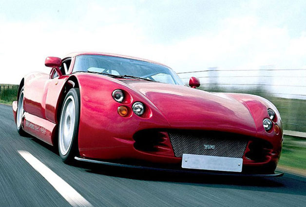 TVR Speed 12 - red- front three-quarter dynamic view