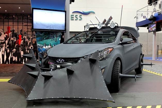 walking dead elantra 1 628 Hyundai Elantra Coupe Zombie Survival Machine makes Comic Con debut [w/video]