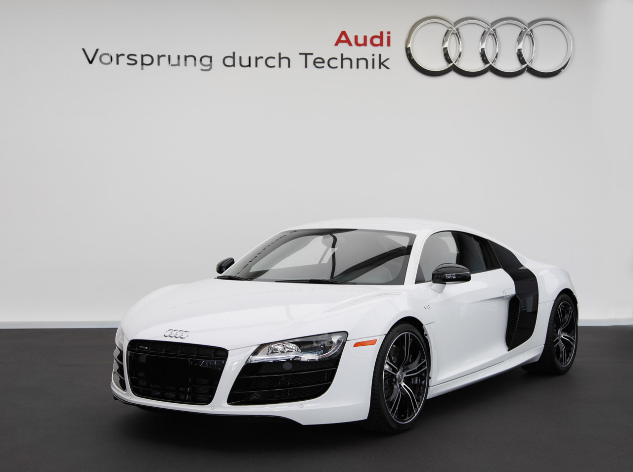 Audi offering R8 Exclusive Selection Editions for 2012 - Autoblog