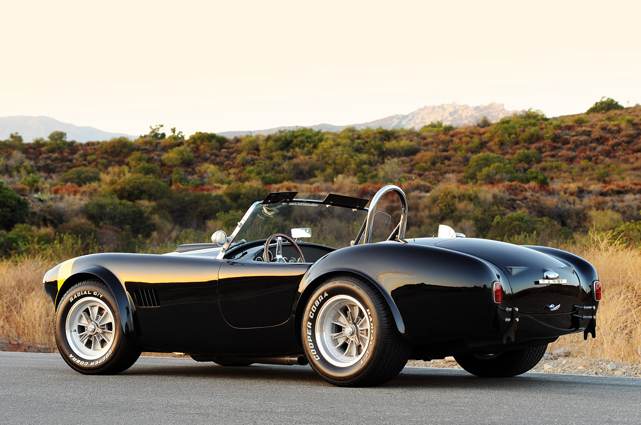 Shelby Cobra 289 Fia W Video Autoblog