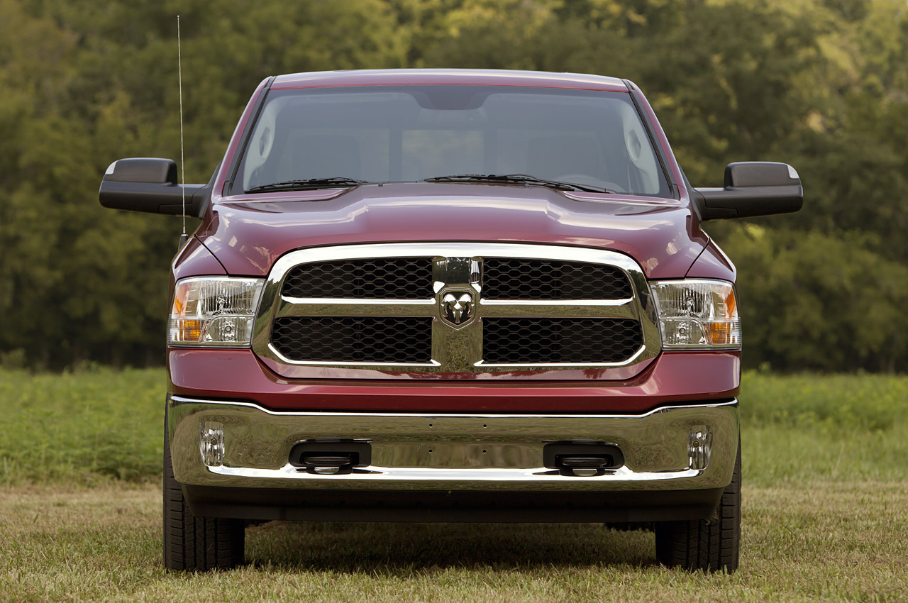 2013 Ram 1500 Crew Cab Slt 4x4 First Drive Photo Gallery Autoblog 2014 Dodge Sel