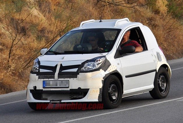 2014 Smart ForTwo prototype - front three-quarter view