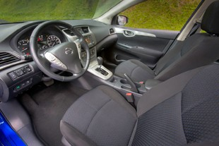 2013 Nissan Sentra - cabin