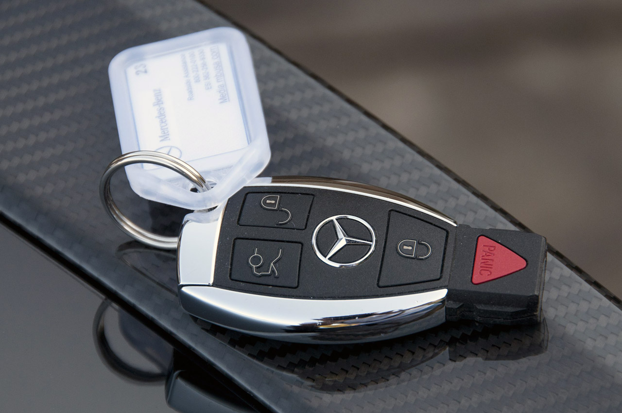 Mercedes keys the image kid has it for Mercedes benz amg key fob back cover