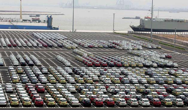 Chinese cars at port