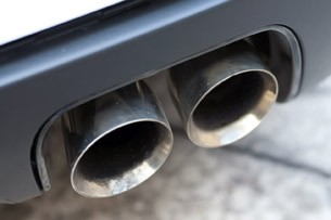2012 Chevrolet Camaro ZL1 exhaust tips