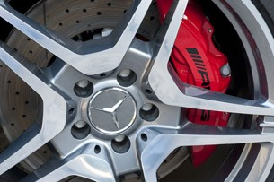 2012 Mercedes-Benz CLS63 AMG wheel detail
