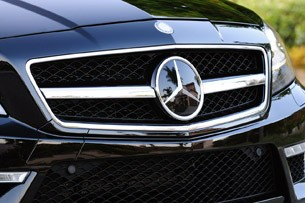 2012 Mercedes-Benz CLS63 AMG grille