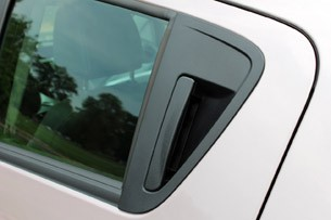 2013 Chevrolet Spark door handle