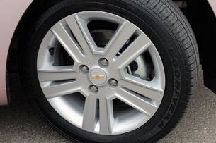 2013 Chevrolet Spark wheel
