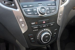 2013 Hyundai Santa Fe Sport instrument panel