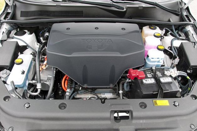 2013 Toyota RAV4 EV engine