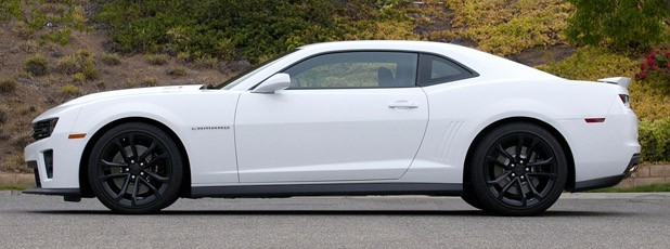 2012 Chevrolet Camaro ZL1 side view