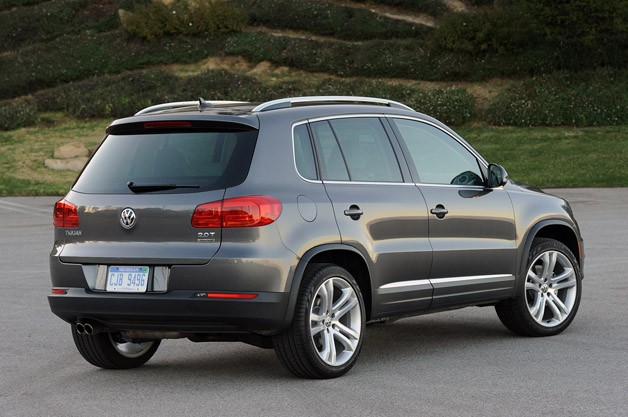 2012 Volkswagen Tiguan rear 3/4 view