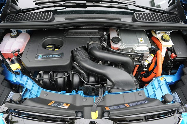 2013 Ford C-Max Hybrid engine