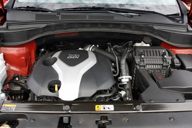 2013 Hyundai Santa Fe Sport engine