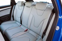 2012 Audi RS4 Avant rear seats