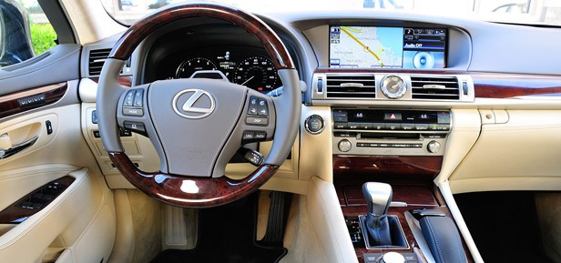review lexus ls